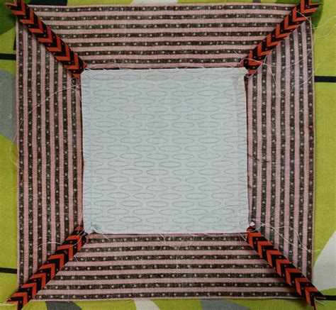 elven garden quilts adding mitred borders to quilt blocks