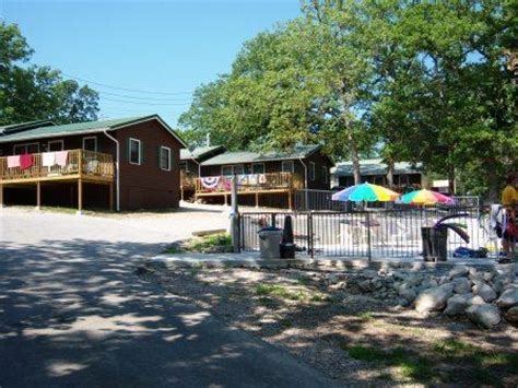 Port Of Kimberling Cabins by Kimberling Oaks Resort Kimberling City Mo Resort Reviews Resortsandlodges