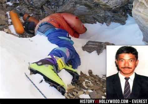 everest film how many died everest movie vs true story of 1996 mount everest disaster
