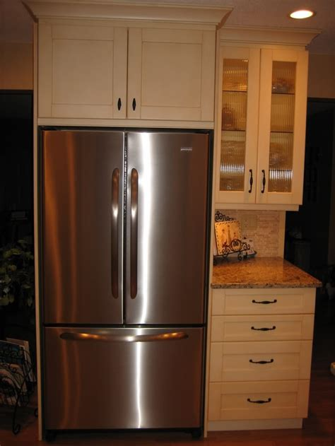 fridge kitchen cabinet 1000 images about kitchen on giallo