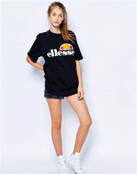 Tshirt Ellesse Oversized Fightmerch ellesse oversized boyfriend t shirt with front logo in black lyst