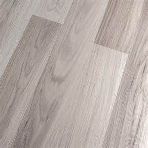 Light Laminate Flooring Kronoswiss Noblesse Elegance Light Oak 8mm Laminate Flooring Sle Eclectic Laminate