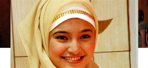 Jilbab Baru gaya selebriti berjilbab untuk acara sehari hari dan resmi