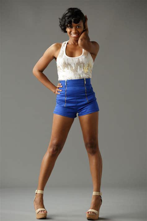 commercial model poses headshots commercial model keisha clark