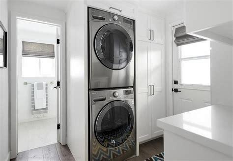 floor  ceiling laundry room cabinets design ideas