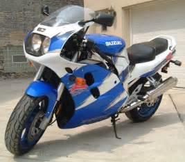 Suzuki Gsx R 1100 1997 Suzuki Gsx R 1100 W Pics Specs And Information