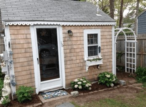 tiny cottages for sale tiny cape cod cottage for sale tiny house websites