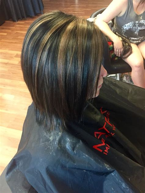 pictures of dark hair with blonde chunks 25 best ideas about black hair with highlights on