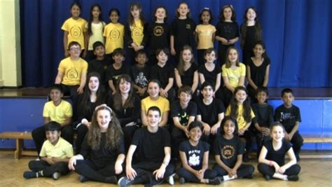 stagecoach performing arts acting singing and theatre drama classes stanmore stagecoach stanmore and harrow