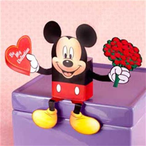 Mickey Mouse Papercraft - mickey mouse x winnie the pooh papercraft paperkraft net