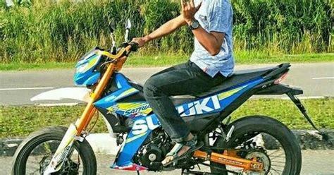 Karet Jok Satria Fu Model 1 Sgp Ngeri Euy Modif Suzuki Satria Fi Ala Motor Supermoto