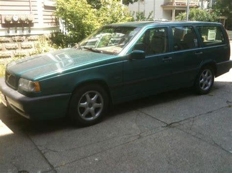buy   volvo  glt sedan  door   wheaton illinois united states