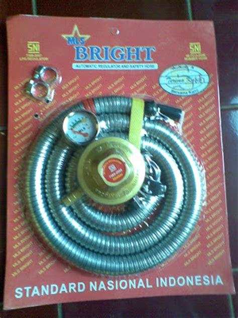 Selang Regulator 1 8 M Meter Quantum Qrl 032 regulator lpg selang meter mls bright