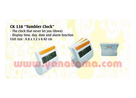 Souvenir Promosi Logo Universal Multi Fungsi desk clock pen holder jam tumbler ck 138