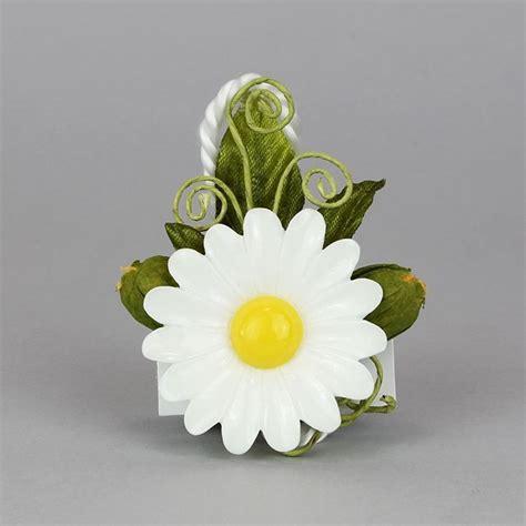 fiore bianco con pistillo giallo segnaposto margherita in pvc con pistillo color giallo