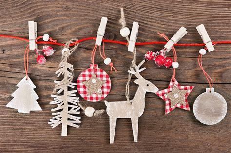 addobbi natalizi tavola fai da te segnaposti natalizi tante idee facili per personalizzare