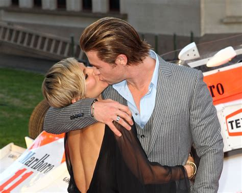 how much can chris hemsworth bench 6 surprising things about elsa pataky chris hemsworth s