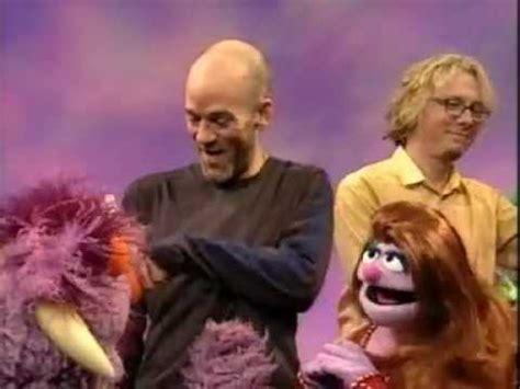 Elmo DVD - REM sings Shiny Happy Monsters on Sesame Street ... Sesame Street Monster Hits
