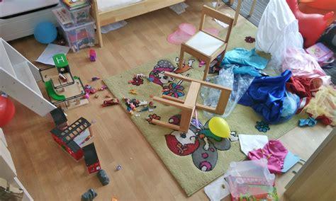 kinderzimmer immer chaos kinderzimmer chaos verflixter alltag der kuriose