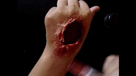 How To Cut Open A How To Create Bloody Gorey Open Wounds Using Makeup