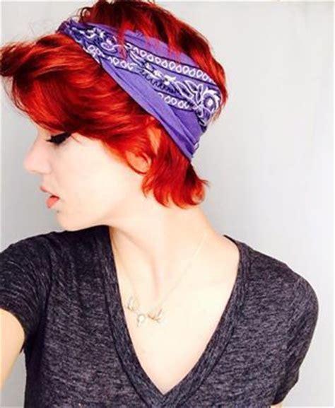 how to wear bandanas with bob hairstyles bandana fashion for short hair fashion pinterest