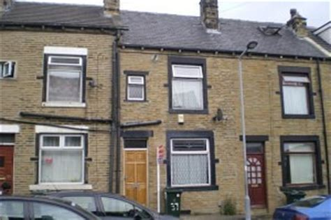 houses to buy in bradford sell your house fast in bradford free property valuation