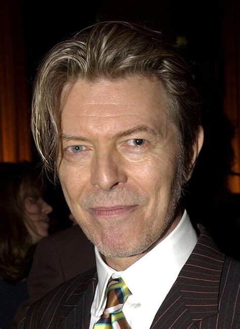 david bowie eye color david bowie s has mismatched just like singer