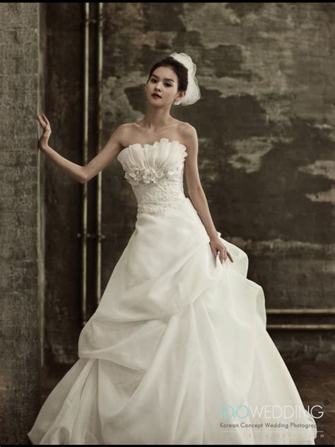 Bridal Concept Wedding Gowns by 50 Best Images About Korean Wedding Gown Bridal