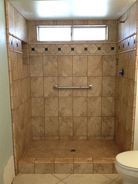 Pictures Of Tiled Showers And Bathrooms Photos Of Tiled Shower Stalls Photos Gallery Custom Tile Work Co Ceramic