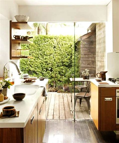 kitchen designs for small spaces pictures un aire en la cocina ideas casas