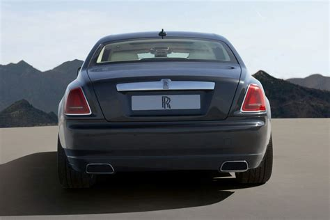 Back Of A Rolls Royce New Rolls Royce Ghost Officially Revealed Details And