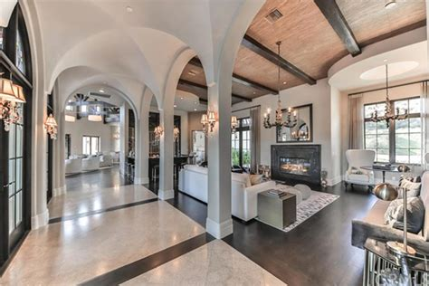 celebrity homes 10 stunning living rooms 40 gorgeous celebrity living rooms photos