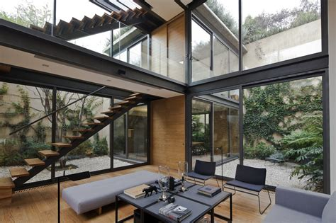 house   courtyards andres stebelski arquitecto