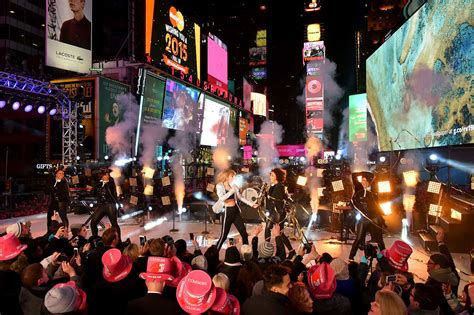 when is new year 2015 nyc new years 2015 03 gotceleb