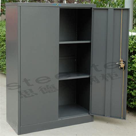 armadi metallici usati armadietti per esterno usati mobili puoi trovare al