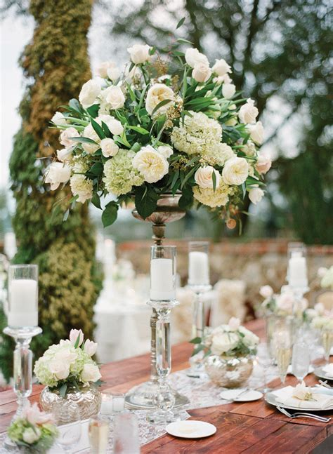 Ideas On Wedding Flowers by 22 Absolutely Dreamy Wedding Flower Ideas Modwedding