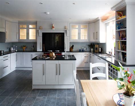 kitchen cabinet pulls best ideas about high gloss