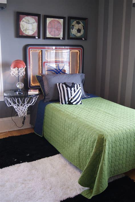 Boy Bedroom Goals 1000 Ideas About Basketball Backboard On