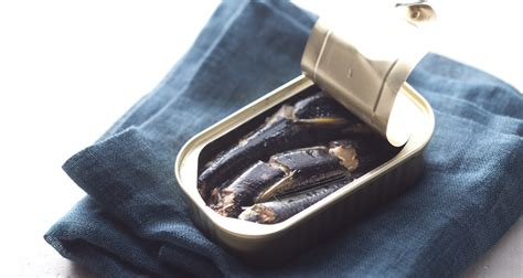 Snack Cemilan Kucing Kit Cat Fillet Tuna Smoked Fish 30gr ingredient of the week this tiny fish is a nutrition thrive market