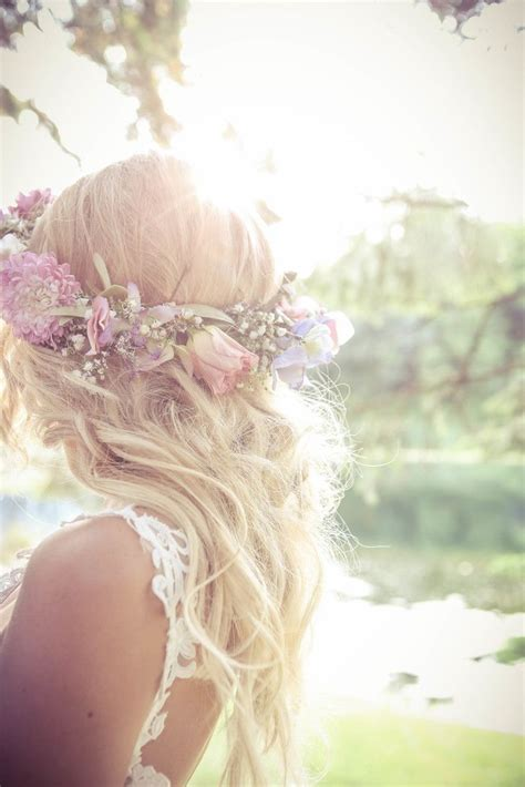 Wedding Hair With Roses by Wedding Hairstyle Ideas And Baby S Breath Flower