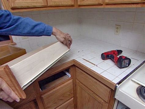Refinished Cabinets How To Reface And Refinish Kitchen Cabinets Refinished