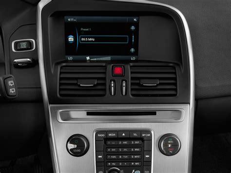 volvo xc60 audio system 2014 subaru outback vs 2014 volvo xc70 compare reviews