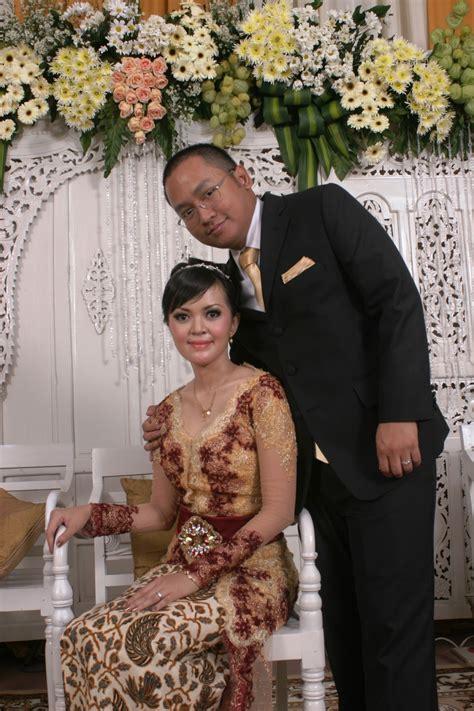 Wedding Organizer Di Purworejo Jawa Tengah by Alamanda Puspita Pelaminan Modern Mixed Javaneese