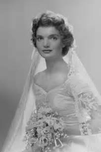 jackie kennedy jacqueline bouvier kennedy s wedding dress and veil