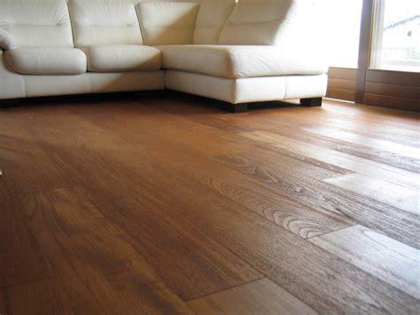 pavimenti in teak i rivestimenti per i pavimenti il legno teak