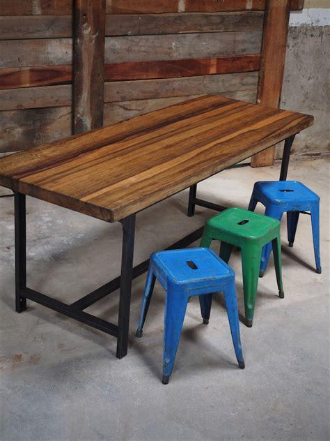 plateau bureau bois table ou bureau metal industriel militaire plateau bois massif