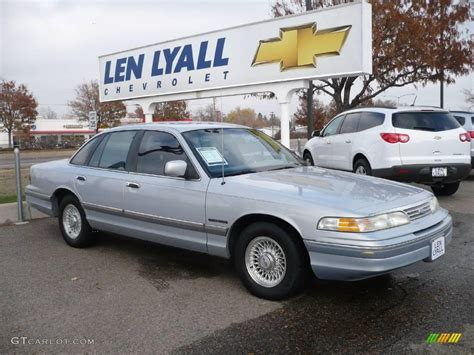 ford opal 1994 opal metallic ford crown lx 20910115