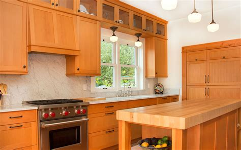 craftsman kitchen cabinets craftsman kitchen cabinets bellingham kitchen cabinets