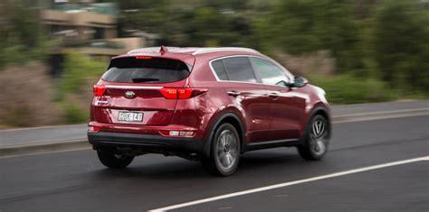 Kia Tucson Medium Suv Comparison Hyundai Tucson Active X V Kia