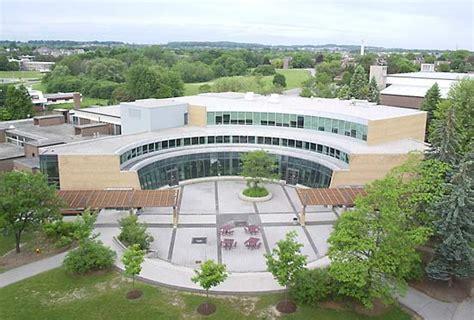 study  canada list  affordable universities  engineering programs  canada study